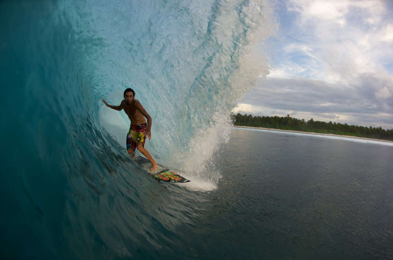 phil-goodrich-aviso-surfboard-indonesia-.jpg