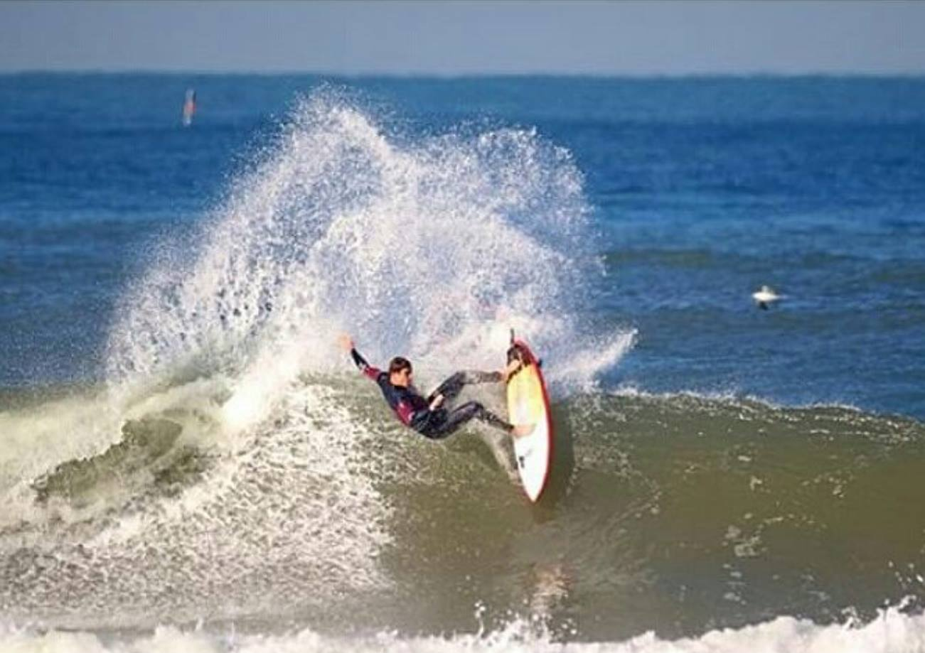 xavier-leroy-hacking-lunasurf-traction-anglet-france.jpg